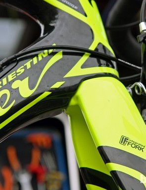 The mounting hole on Lampre-ISD's new Wilier Triestina Cento 1 SR fork is cleverly hidden by the down tube, preventing grime from building up inside.