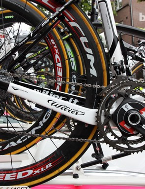 The dropped driveside chain stay on Lampre-ISD's new Wilier Triestina Cento 1 SR bikes presumably reduces chain slap on rough roads.