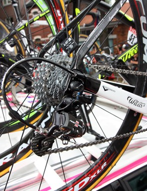 Lampre-ISD team bikes are equipped with the mechanical version of Wilier Triestina's new Cento 1 SR replaceable dropout.