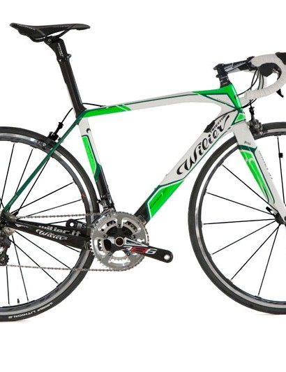 Wilier Triestina will offer the new Cento 1 SR in multiple color schemes, including this black, white, and green setup.