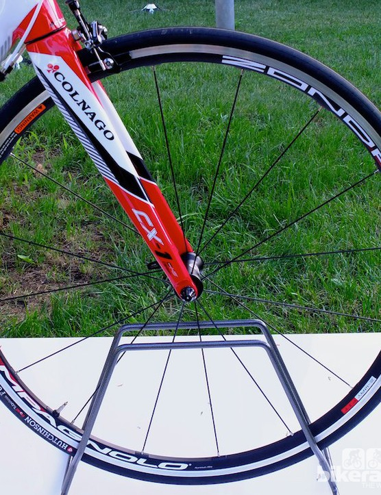 New front Campagnolo Zonda 2-Way Fit wheel