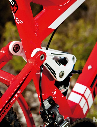 For 2012, all Mondraker's full-sussers were given the race-developed Zero suspension system