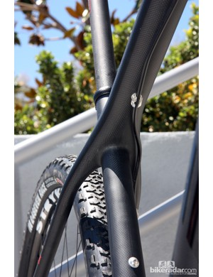 The newly downsized seat tube also supposedly 'floats' in the seat cluster for greater rider comfort as compared to the old Nine.