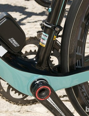 The Oltre XR features a monstrous bottom bracket area and BB30 for excellent power transfer