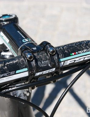 FSA make colour co-ordinated handlebars and stems for Bianchi