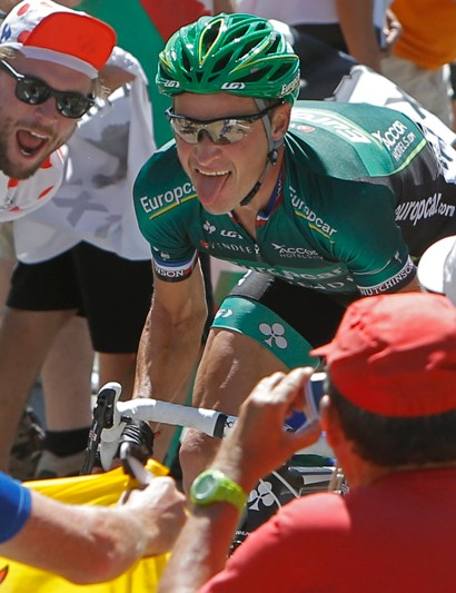 Voeckler climbs the Peyresourde alone on stage 16 of the 2012 Tour de France