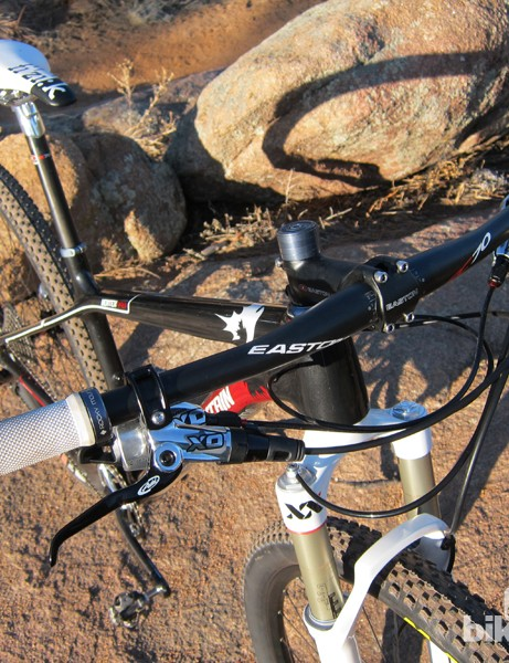 Rocky Mountain include a 685mm-wide Easton EC70 carbon flat bar on the Vertex 990 RSL