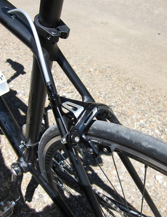 Svelte seat stays and the Axis 2.0 brakes