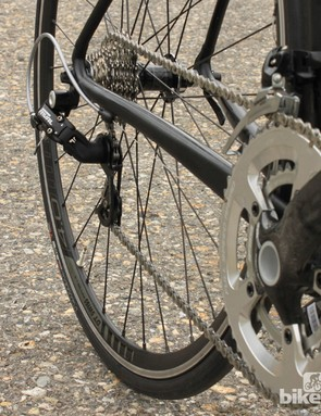 The SRAM Rival and Apex transmission is mated to FSA's SL-K BB30 crank