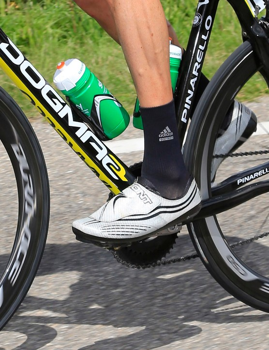 According to Bont, the Zero shoes are ultralight but also more aerodynamic given the very smooth outer surface free of buckles and straps