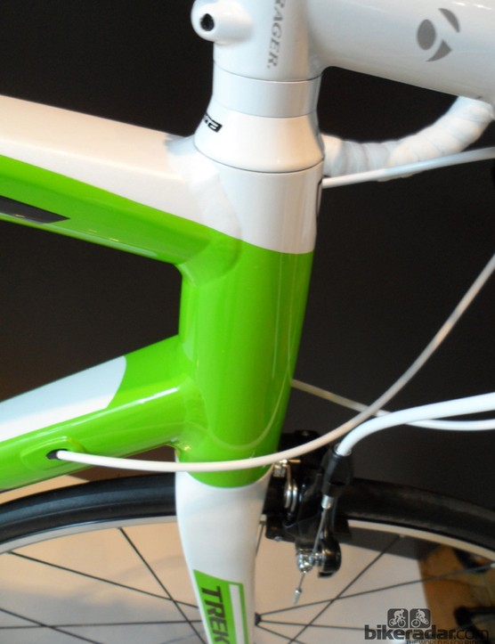 The E2 head tube has a 1.5in lower diameter