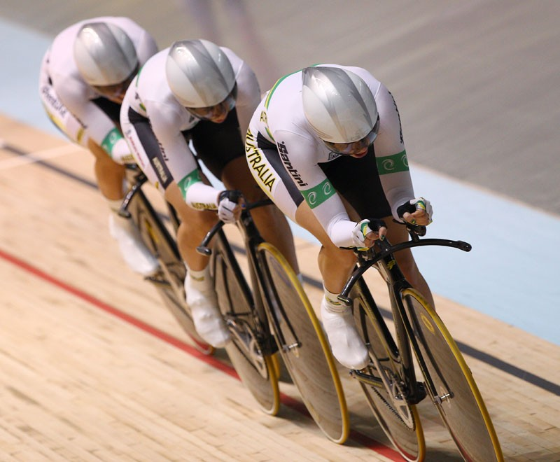 The team pursuit demands riding in close formation at high speeds