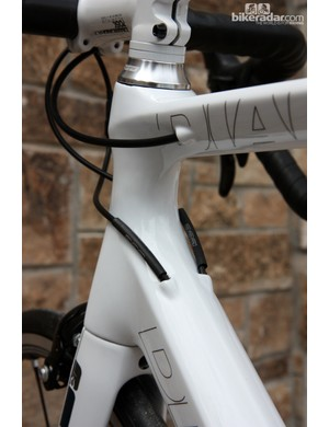 Internal cable routing for the Diamondback Podium carbon road frames