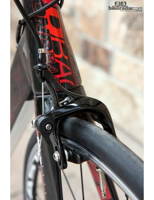 The carbon fiber Diamondback Podium 5 does have to make a few concessions to hit the impressive US$2,300 price point, one of which is generic dual-pivot brakes instead of genuine Shimano 105 calipers to match the rest of the transmission
