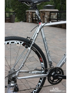 Flattened seat stays on the Diamondback Steilacoom RCX Pro frame are intended to smooth the ride on rough courses