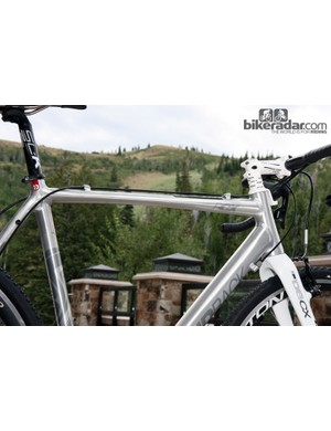 Less painful shouldering is promised by the flattened top tube underside on Diamondback's Steilacoom RCX Pro frames