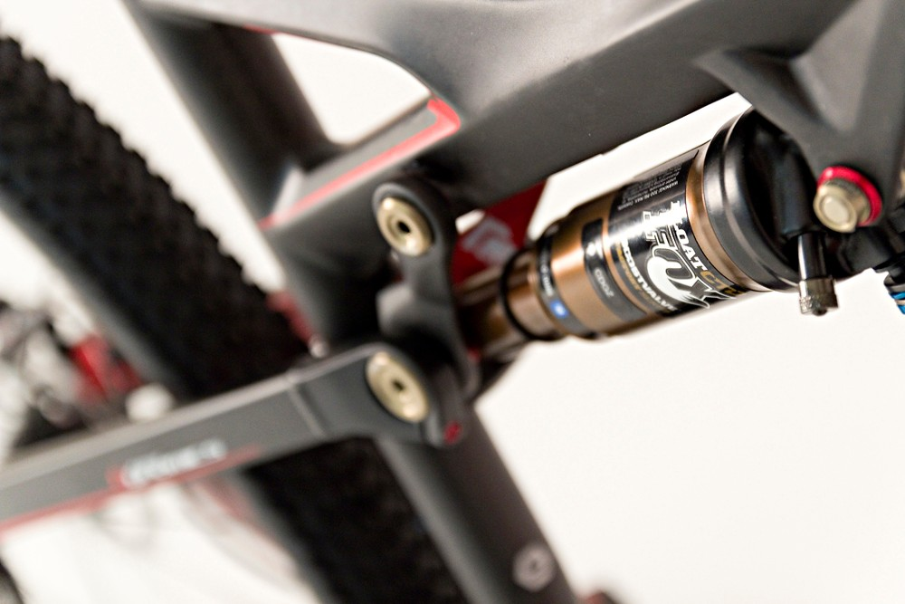 In key pivots, the Occam features full cartridge bearings instead of the old-style bushings on full-sus bikes. Orbea claim this helps small-bump sensitivity