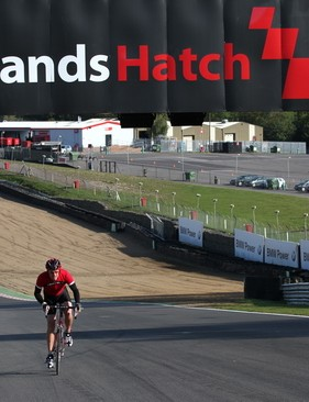 Cyclothon UK – a chance to ride at the legendary Brands Hatch motorsport circuit