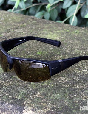 Nike MAX Transitions Outdoor light-reacting sunglasses