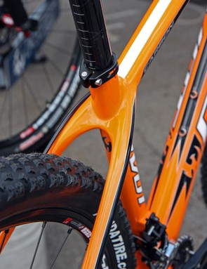 Pivot say the new Les hardtail will accommodate even WTB's 2.55in wide 29er tires