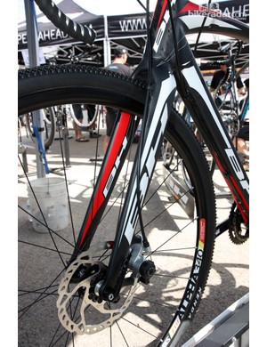 In disc configuration, you can barely even make out the vestigial rim brake post holes on the new BH RX Team CX fork