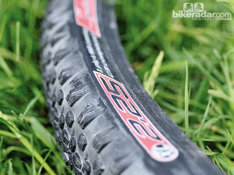Intense ITS XC1 TR 2.25in tyre