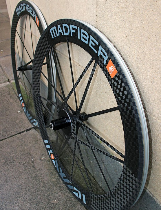 The Mad Fiber clincher wheels weigh 1,318g per pair (552g front, 766g rear)