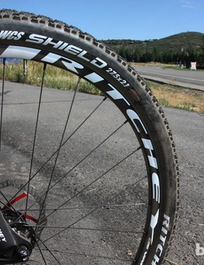 New for 2013 from Ritchey is the Vantage range of mountain bike alloy clinchers, which sport 28mm-wide (external) tubeless-ready rims for use with higher-volume tires. Interestingly enough, Ritchey is only producing the Vantage in 27.5in and 29in sizes