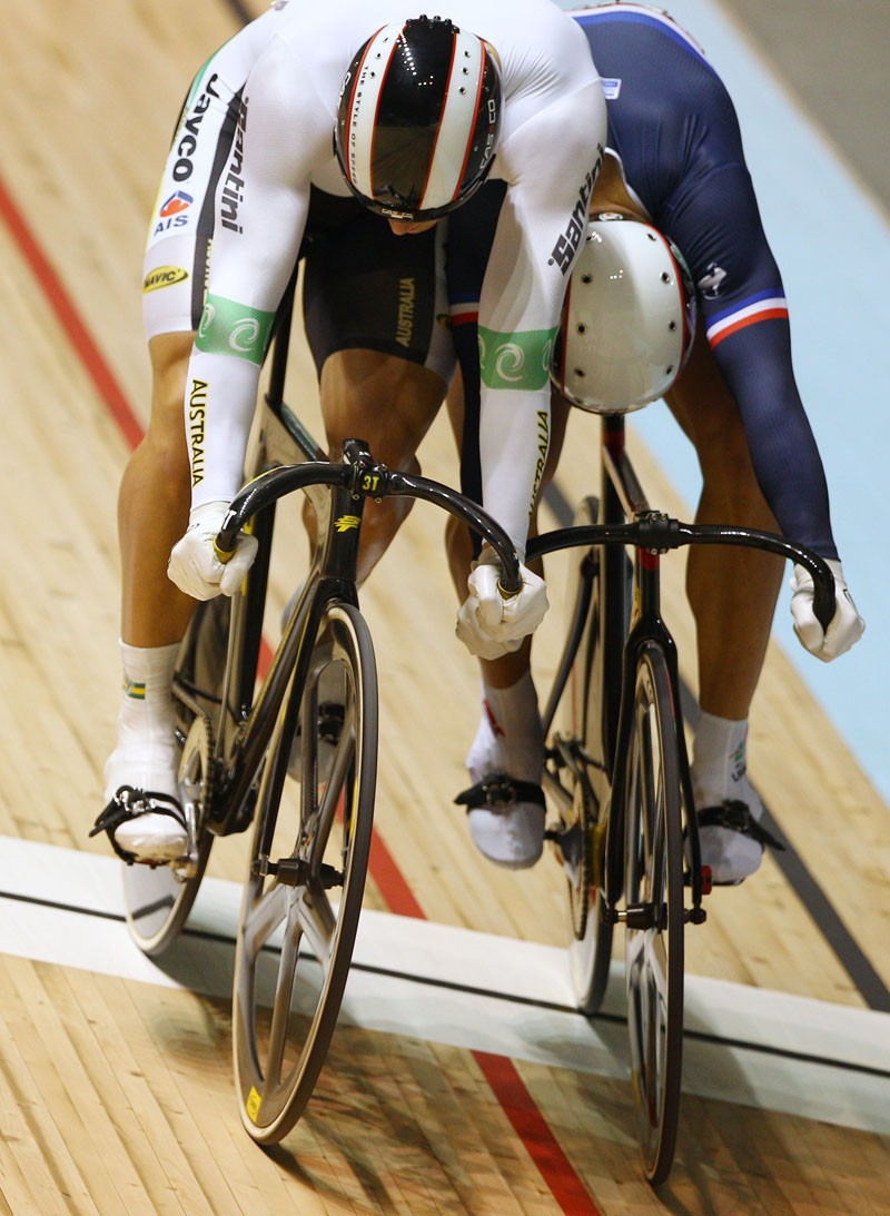 Rider clashes are no longer allowed in the keirin