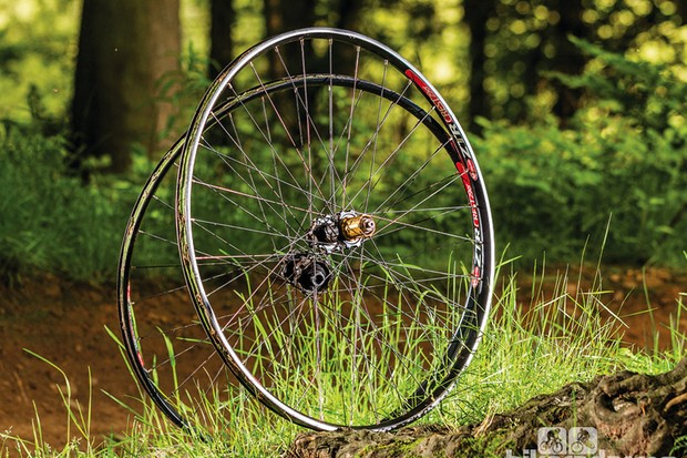 Hope Hoops Evo 2 SP Crest wheelset