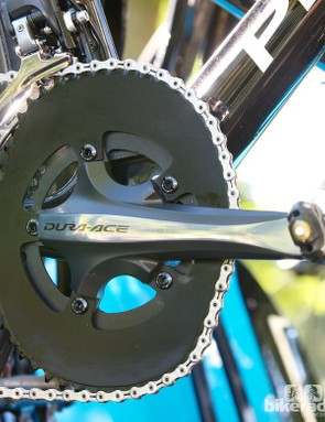 The 'Wiggo' spare bike also lacked an SRM crank, but otherwise looked the same mechanically. We wonder how often those chain ring teeth are repainted?