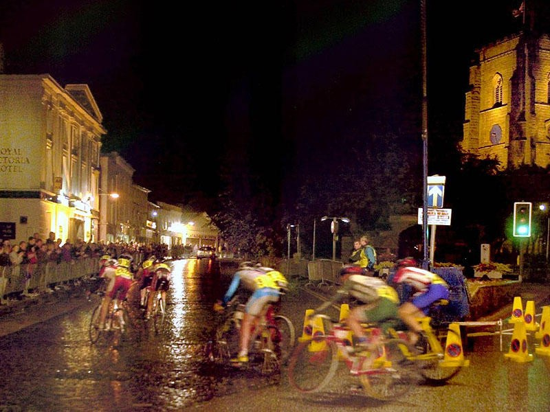 The women's race replaced the ex-pros race on the schedule but is under threat because of a lack of entries
