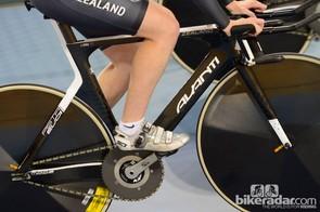 The New Zealanders are riding Avanti track bikes