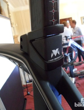 The seatpost follows the same angular shapes as the frame, the square shaped post reminds us of BMC