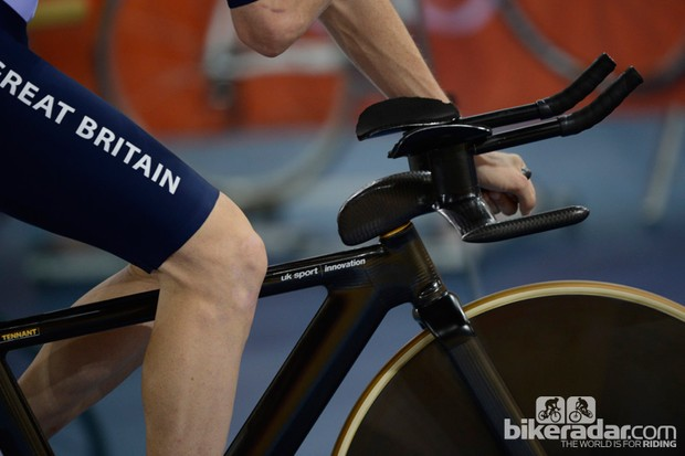 "Team GB are all on stealth ""UK Sport Innovation"" frames, forks and integrated stem/handlebars"