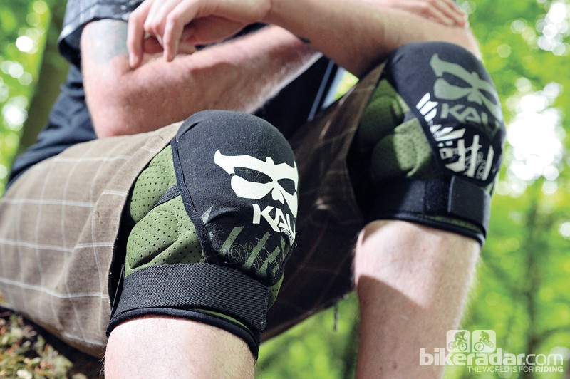 Kali Aazis knee pads offer great protection, without unnecessarily reminding you of that fact