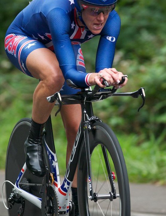 Kristin Armstrong of USA uses a linked hand position, much like Wiggins. Both riders would have tested this in the tunnel