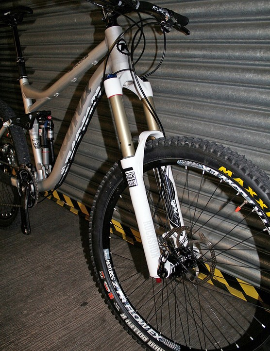 It's specced out with top end components including RockShox Lyrik RC2 DH fork