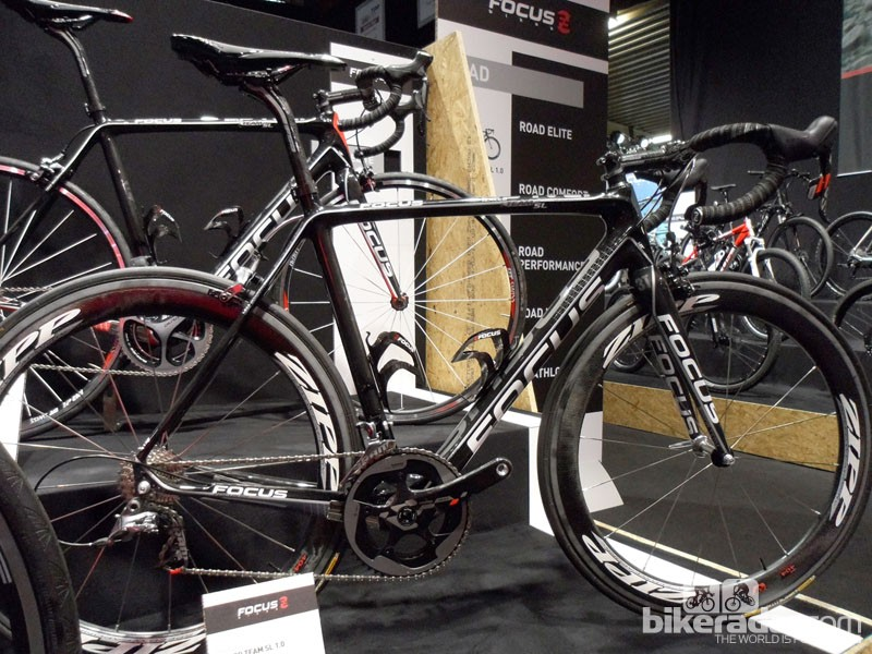 The range topping Focus SL 1.0 features new Sram Red and Zipp 404's