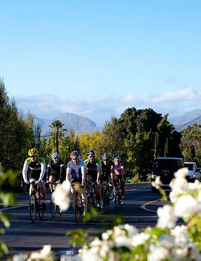 The road leading back into Franschhoek is normally tackled into a brutal headwind