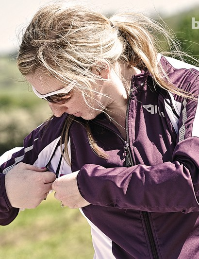 The Altura Women's Transformer has removable sleeves, so doubles as a short-sleeve top for warmer weather