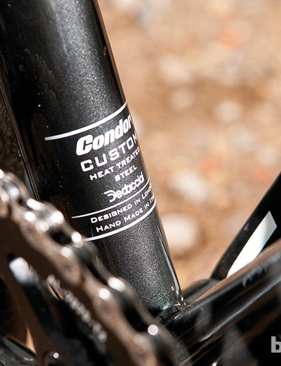 The triple butted frame features a  BB30 bottom bracket – very rare in steel
