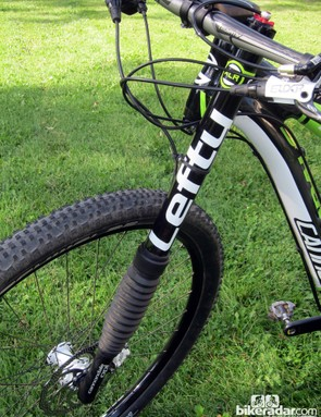 Even more than a decade after its introduction, Cannondale's Lefty fork design still draws curious stares for its unique single-sided design. Despite appearances, it's immensely rigid and enviably supple with its needle bearing internals