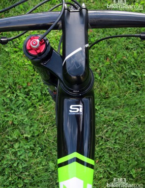 The top tube is extraordinarily wide up front, to help squelch front triangle twist