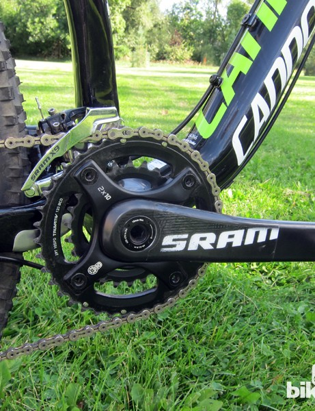 The SRAM S2210 cranks use carbon fiber arms and a bolt-on aluminum spider. Shift quallity was fantastic