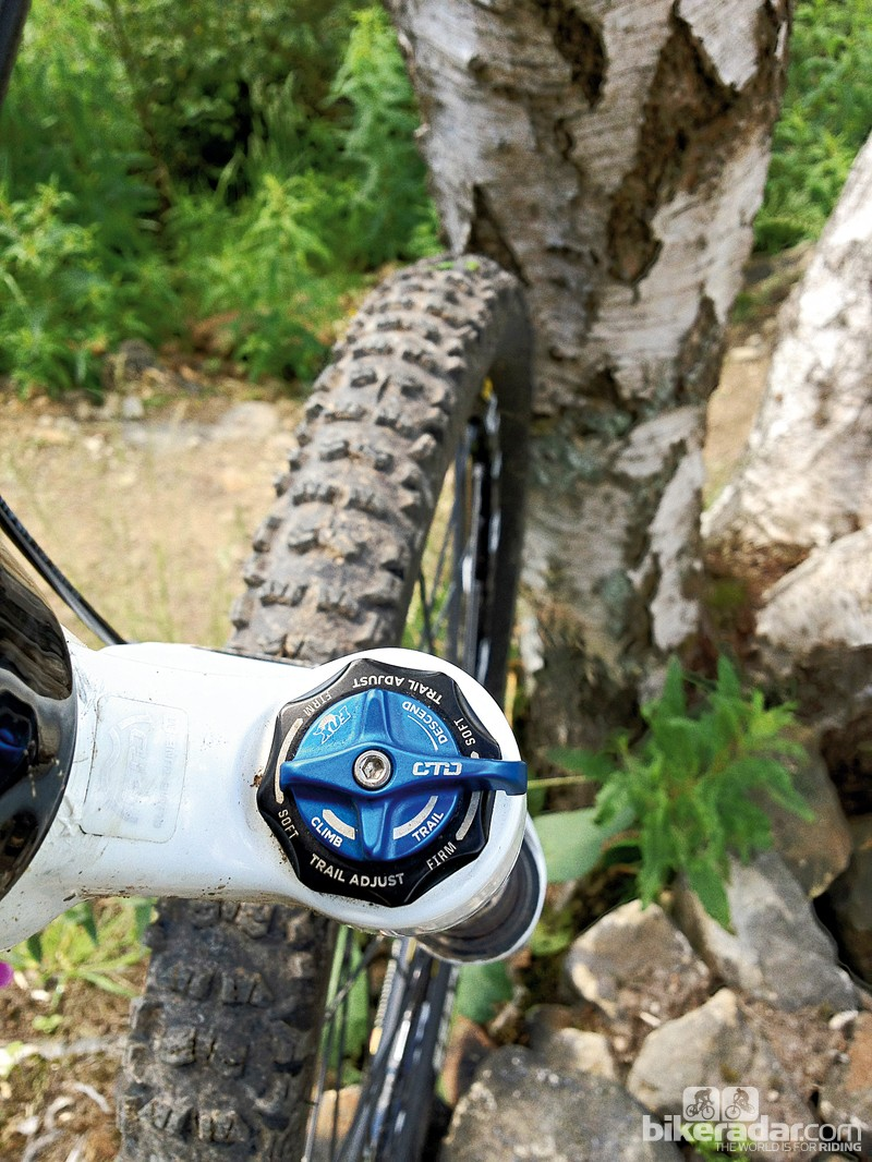 The Climb/Trail/Descend CTD system on the Fox 34 Float 160 FIT fork is easy to adjust