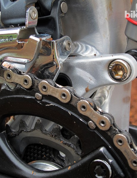 The main pivot is situated just below the big ring on a typical 2x10 drivetrain