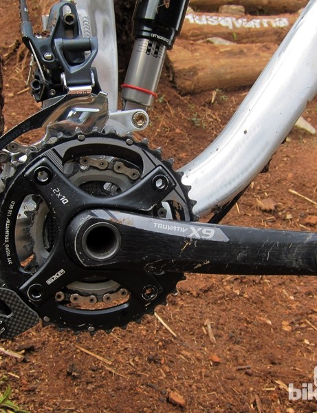 A SRAM X9 2x10 crank paired with the cSixx dual-ring guide made for reliable retention