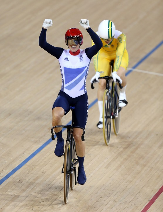 Victoria Pendleton celebrates winning the Olympic kierin