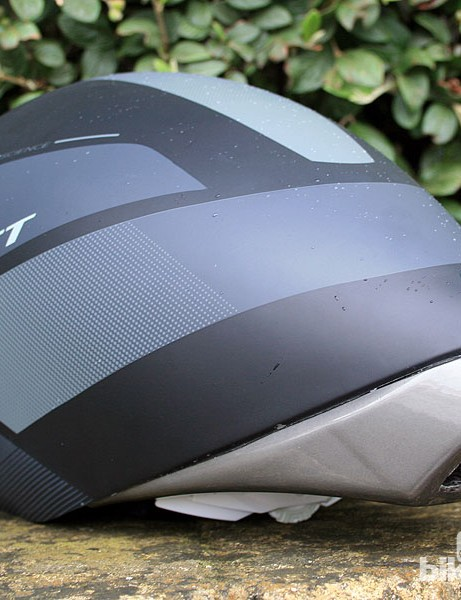 It weighs just 329g and retails for £169.99/US$209.99 without a visor